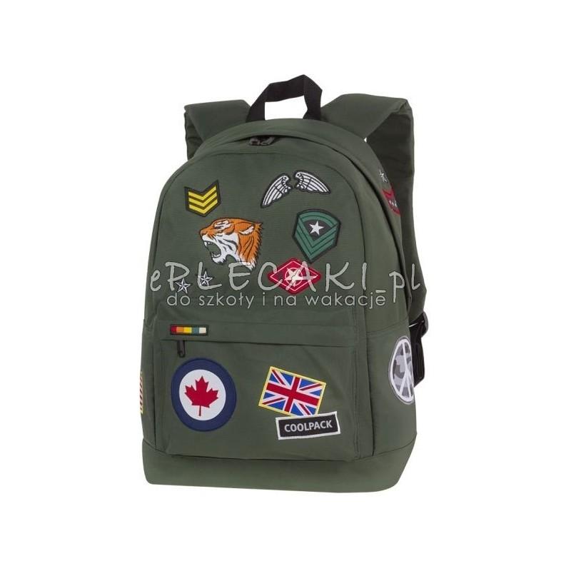 ba540c41e5ef2 Plecak miejski CoolPack CP CROSS ZIELONY z naszywkami BADGES GREEN