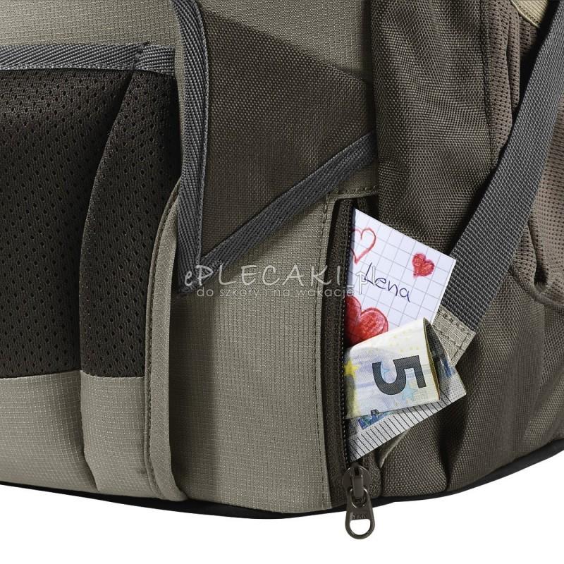3ff63773f9b6c ... Plecak szkolny SOLID Woodsman - Coocazoo Evverclevver 2 - czarny  MatchPatch - solidny plecak szkolny