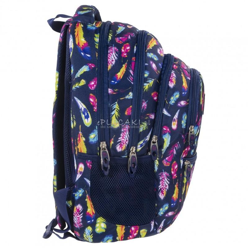 2116c957a506e ... Plecak BackUP C 24 piórka do szkoły - fajny plecak dla dziewczyny