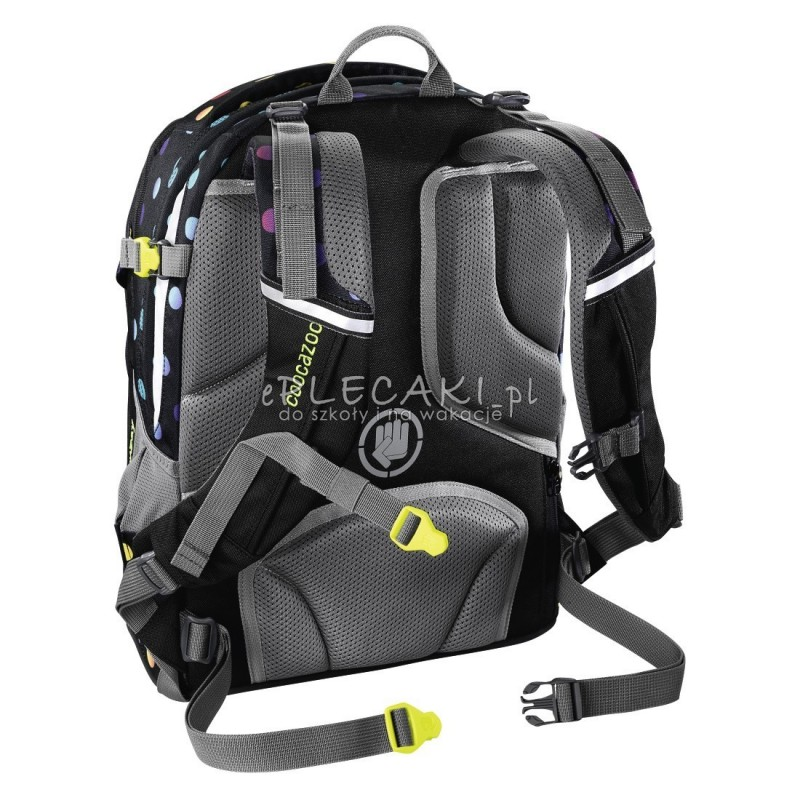 916c8f68537dd ... Plecak w kropki czarny dla młodzieży Coocazoo Rayday, najmocniejszy  plecak w kropki, solidny plecak ...