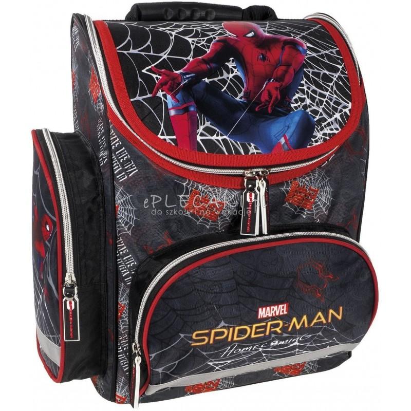 f8deaf2c4b6e6 Czarny tornister ze Spidermanem Homecoming szkolny dla chłopca do 1 klasy
