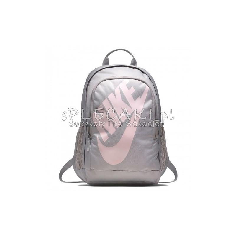 e5abfb915582d Plecak Nike dla dziewczyny szary z różowym logo