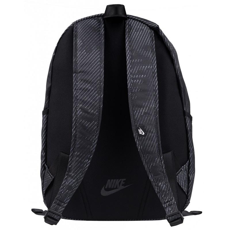 0d9c43d9f5104 Czarny, lekki plecak sportowy NIKE All Acces Soleday dla młodzieży